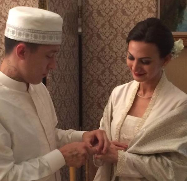 Wanda Hamidah dan Daniel Schuldt menikah (foto: FB Daniel)