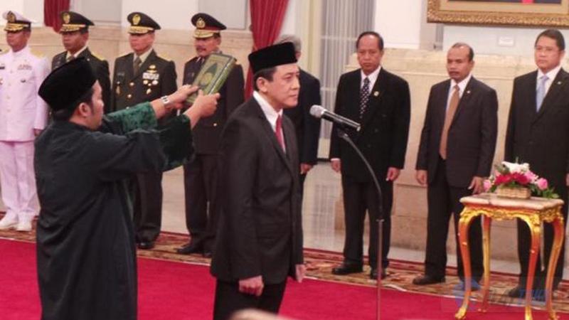 Triawan Munaf saat dilantik menjadi Kepala Badan Ekonomi Kreatif (foto: playtoko.com)