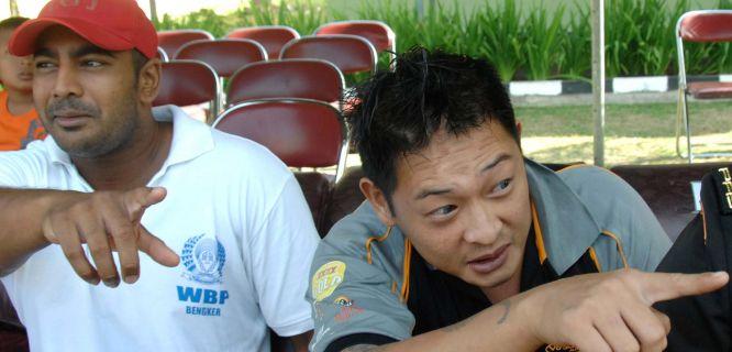 Myuran Sukumaran (left) dan Andrew Chan (foto: AFP)