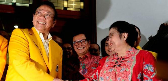 Agung Laksono dan Megawati Soekarnoputri (foto: okezone)