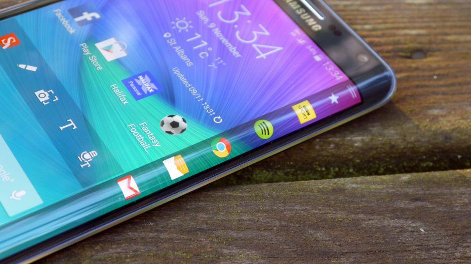 Samsung Galaxy S6 Edge (foto: techradar)
