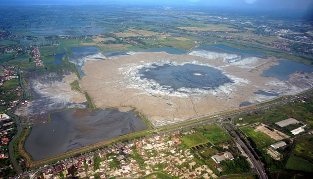 lumpur Lapindo (foto: Antara)