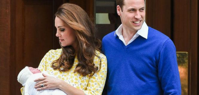 Kate Middleton dan Pangeran William mempublikasikan nama anak mereka, Charlotte Elizabeth Diana (foto: abcnews)