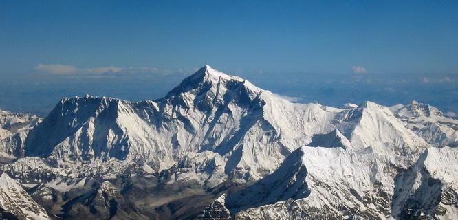 Gunung Everest (foto: thousandwonders.net)