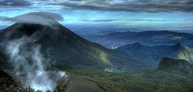 Gunung Gede Pangrango (gedepangrango.org)