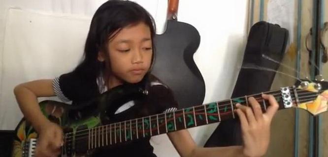 Ayu Gusfanz (foto: YouTube)