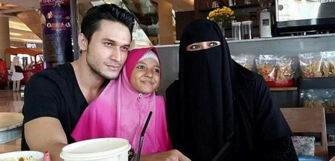 Indra Lesmana Bruggman, Soraya Abdullah, dan anak Soraya Abdulla (foto: Liputan6)