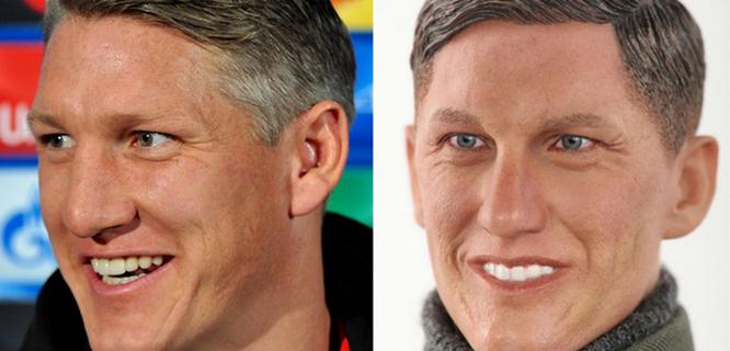Bastian Schweinsteiger dan boneka mirip dengannya (foto: scoopnest)