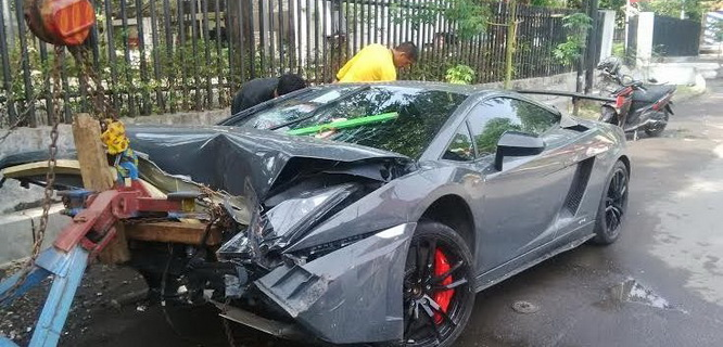 Mobil Lamborghini (foto: detik)