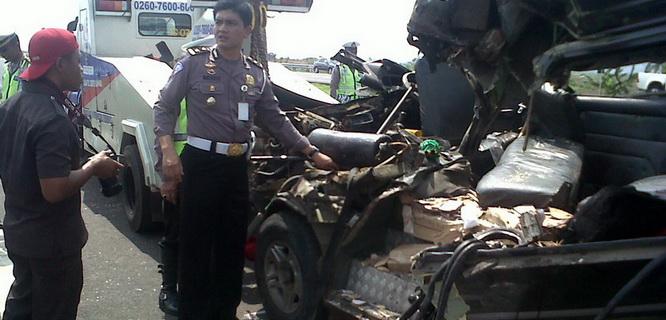 Kecelakaan Tol Cipali (foto: lantas.polri.go.id)