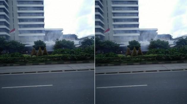 Ledakan di Pos Polisi Sarinah (foto: @TMCPoldaMetro)