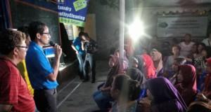 Sandiaga Uno (berbaju biru, foto: Suara Pembaruan)