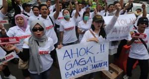 Ilustrasi demo (foto: Merdeka)