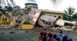 Gempa Aceh (foto: AFP)