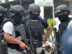Ilustrasi penggerebekan teroris (foto: Antara)