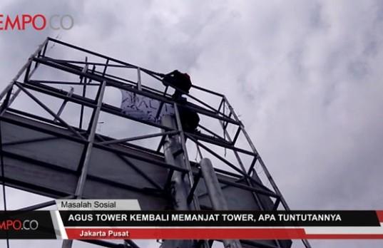 Agustinus Woro Panjat Menara SUTET di Tanjung Priok (foto: Tempo)