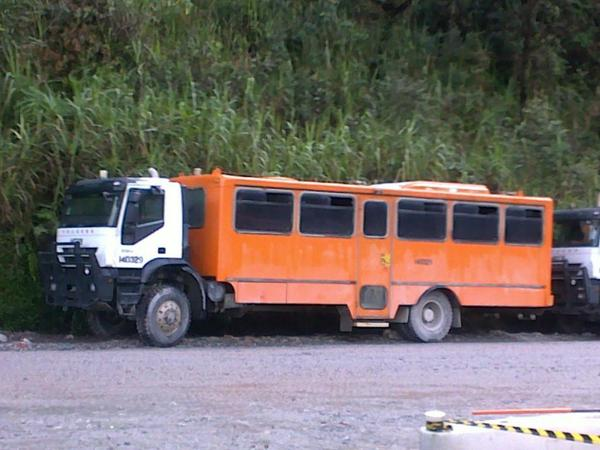 Ilustrasi Bus Freeport