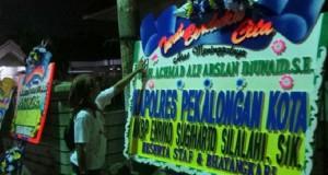 Karangan Bunga Turut Berduka Cita Atas Meninggalnya Wali Kota Pekalongan (foto: Tribun Jateng)