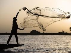 Ilustrasi nelayan (foto: presbydestrian)