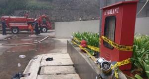 Kebakaran di Cinere Bellevue (foto: Tempo)