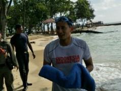 Sandiaga Uno latihan renang di Pulau Bidadari