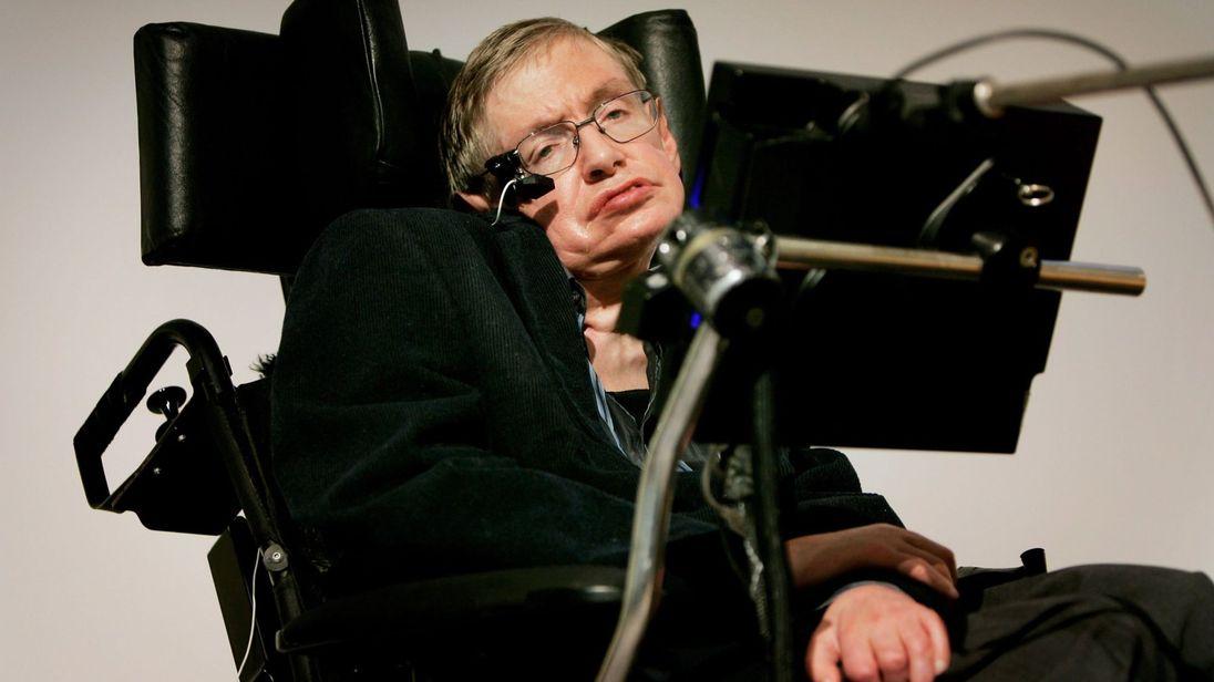 Murió a los 76 años el reconocido físico británico Stephen Hawking