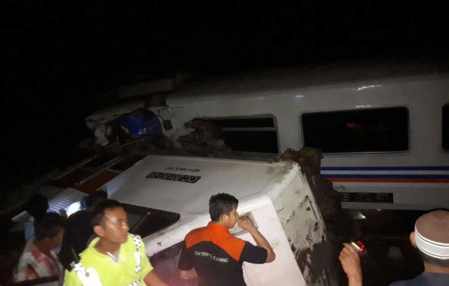 Kecelakaan KA Sancaka Tewaskan Masinis (foto: Istimewa)