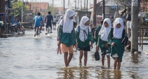 Banjir Rob Pekalongan (foto: Vivanews)