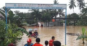 Banjir Landa Kendari (foto: Kompas)