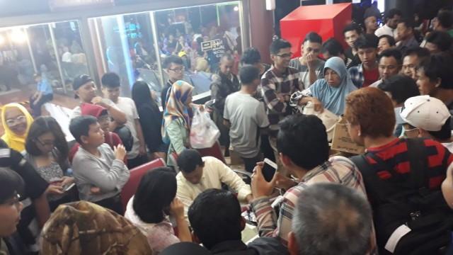 Pesawat Sriwijaya Air Jakarta Pontianak Delay (foto: tangerangonline)
