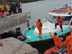 Proses Evakuasi KM Sinar Bangun (foto: Tribun)