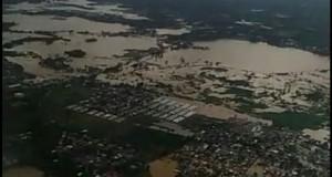 Kondisi Banjir Makassar (foto: Kompas)